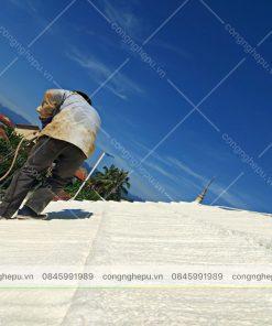 thi công phun pu foam