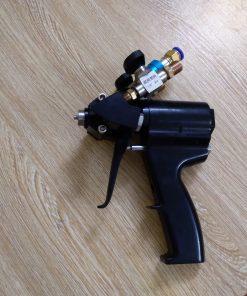 súng phun foam xốp pu cách nhiệt